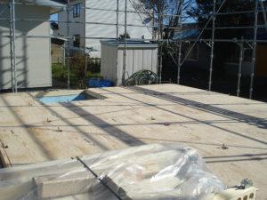 床合板敷き